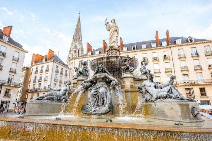 Exclusive Western Loire Tour from Paris